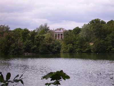 Grovelands Park *