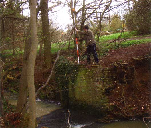 Members of Enfield Archaeological Society recording the east cascade wall