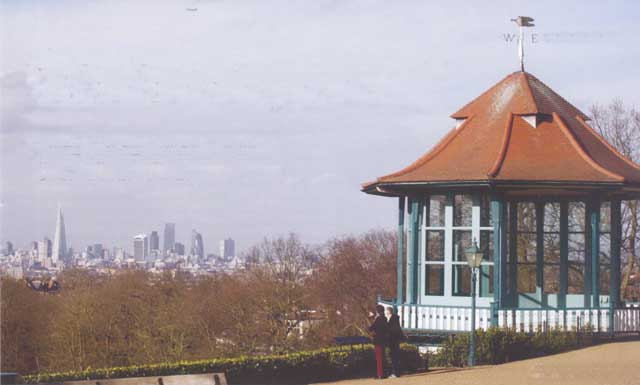 Bandstand in Horniman Gardens (© Paul Rabbitts)
