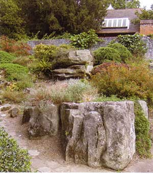 Pulhamite used in the path system at Coombe Wood, Croydon (Hazelle Jackson)