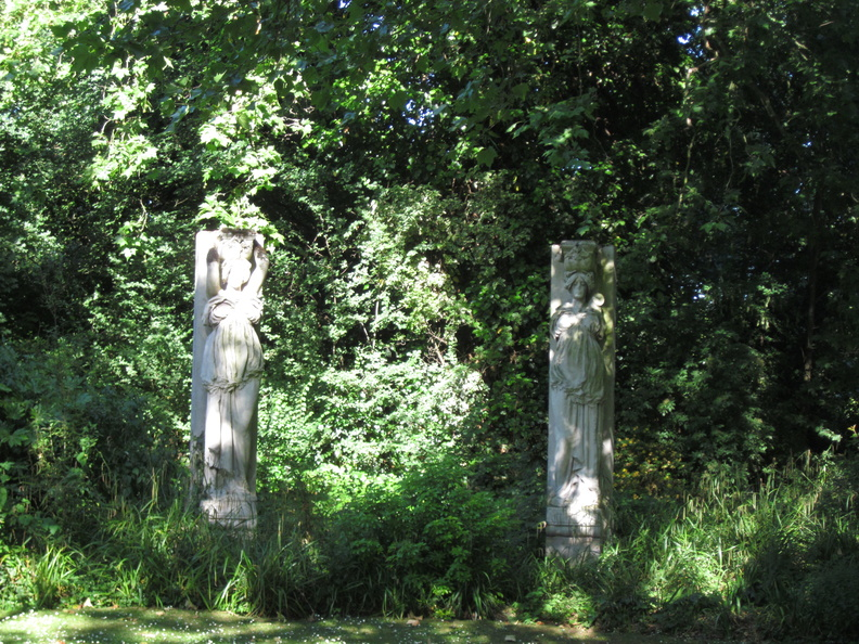 Southwark Park - Caryatids from Rotherhithe Town Hall