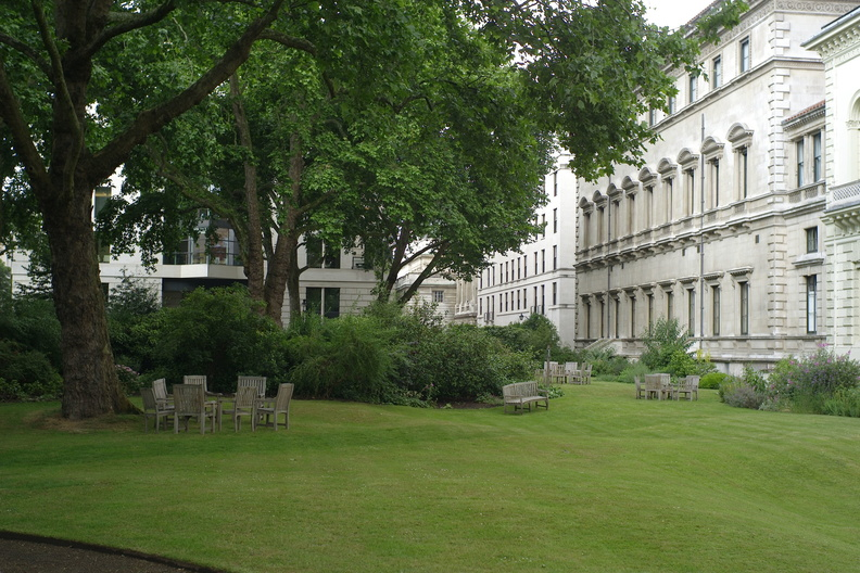 Carlton House Terrace Gardebs