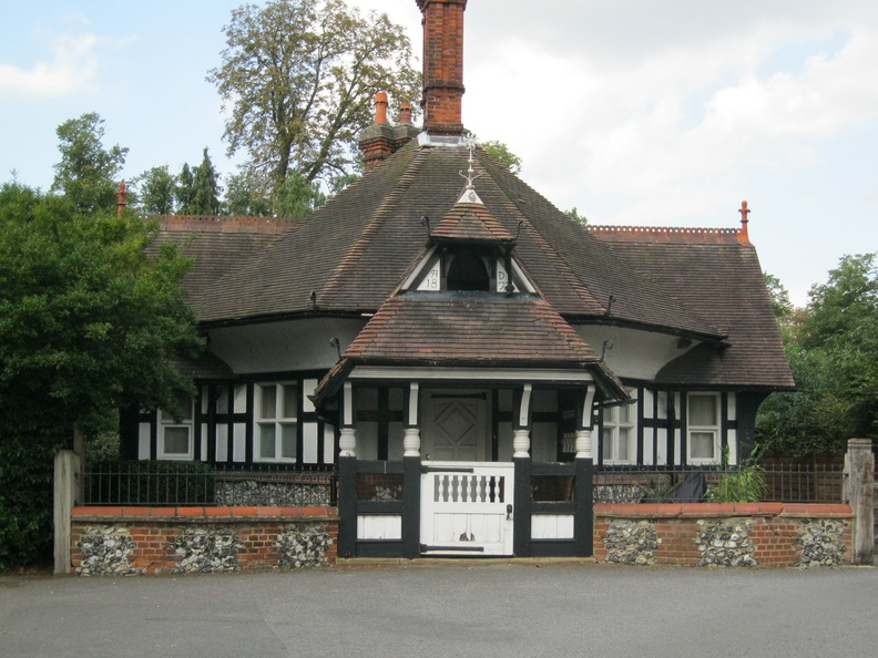 Beddington Park - East Lodge