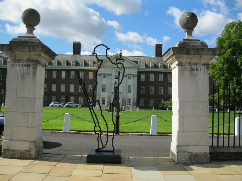 Royal Hospital, Chelsea - Light Horse Court gates