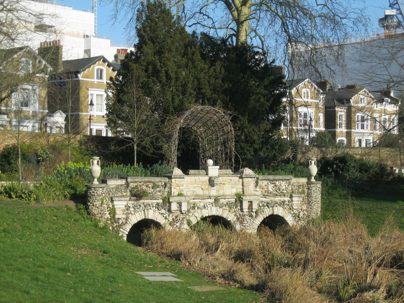Walpole Park / Pitzhanger Manor: The Rustic Bridge