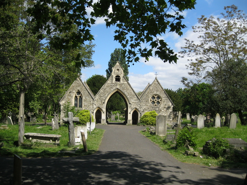 St Mary's Cemetery, Battersea - Chapels