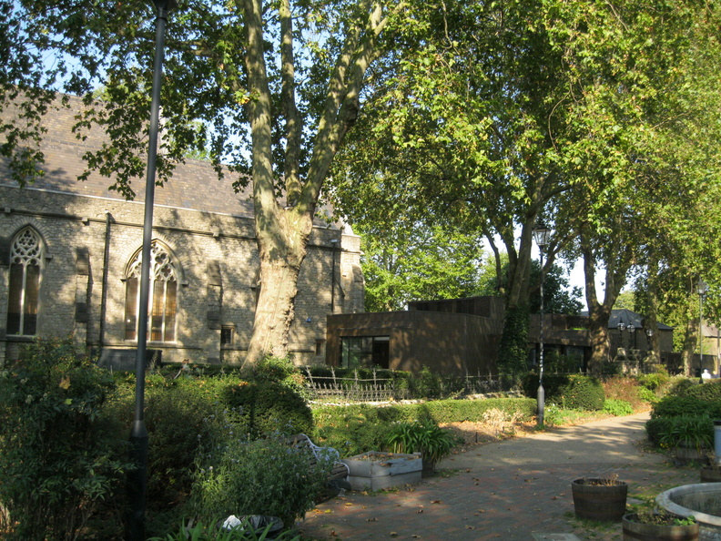 St Mary at Lambeth Churchyard