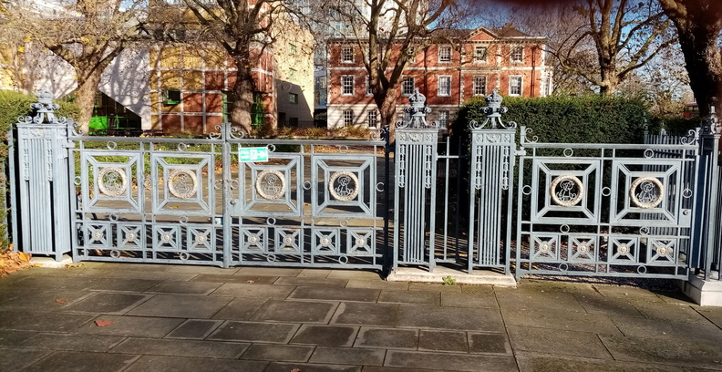 Tate Britain - gates