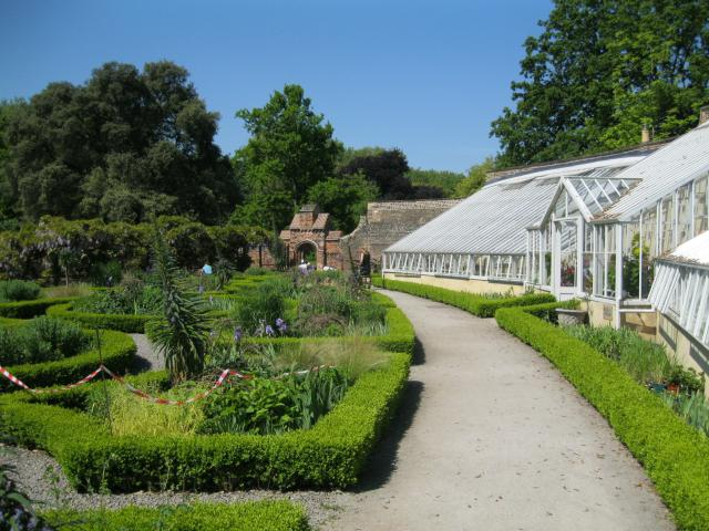 Fulham Palace Gardens *