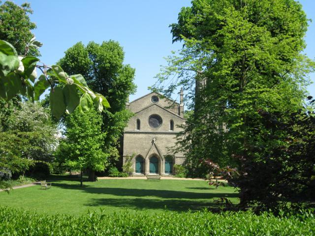 St James's Gardens