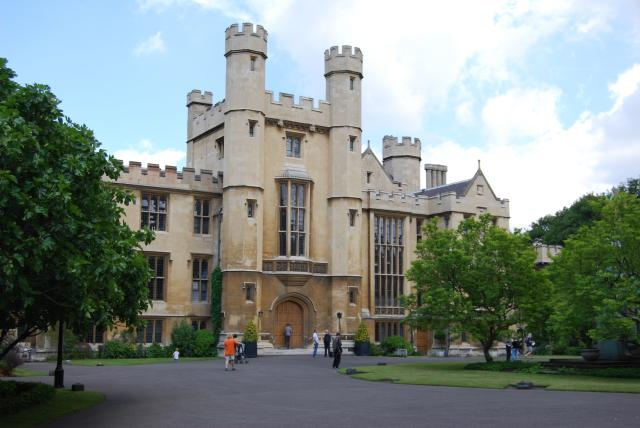 Lambeth Palace Gardens *