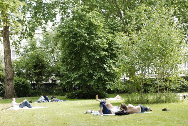 Kensington Gardens Square