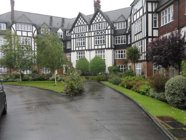 Wildcroft Manor Gardens