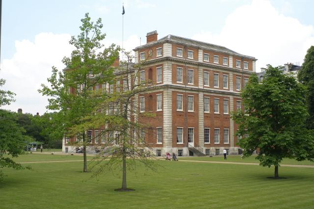 Marlborough House Gardens