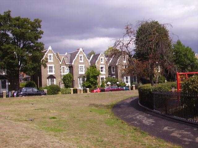 De Beauvoir Square
