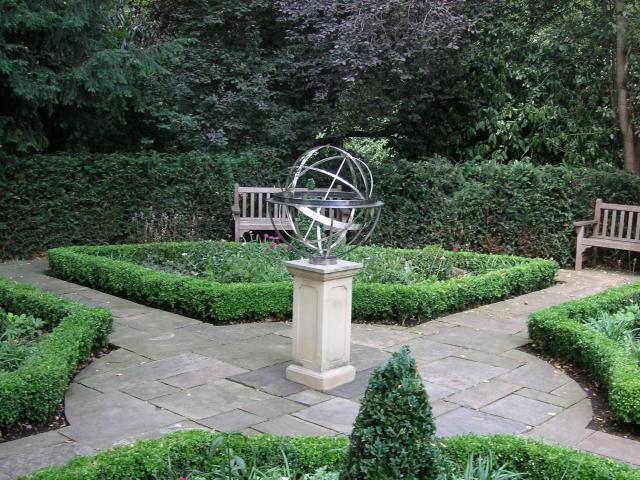Belgrave Square Gardens *