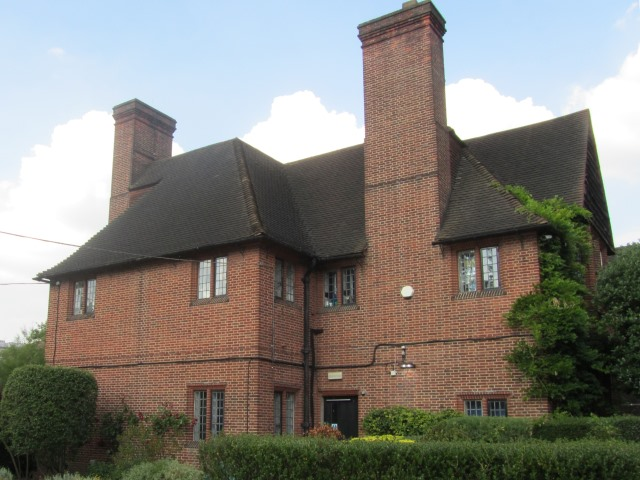 Linden Lodge School
